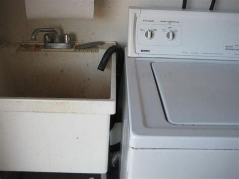 Washing Machine Draining Into Sink by Dealing With Laundry At A Home Inspection