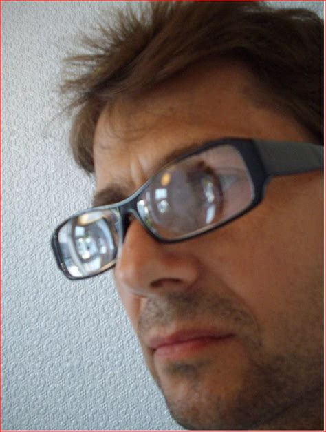 photo 20 lenticular 1 jpg guys with strong glasses
