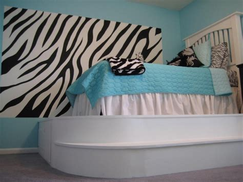 zebra themed bedroom ideas cool bedrooms for women who like to go a little wacky