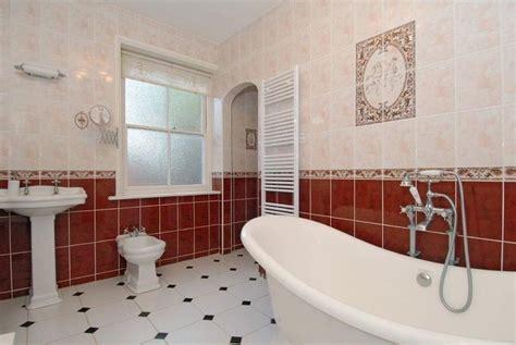 red bathroom color ideas agcguru info 5 способов и 7 рисунков раскладки плитки полезные советы