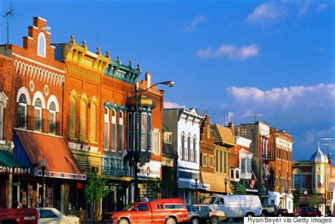 us towns 14 midwestern spots that are actually awesome in summer