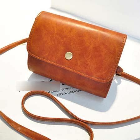 Bag Wanita Orange sling bag simple design bahan pu leather mulus orange
