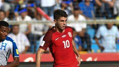 christian pulisic messi watch christian pulisic scores messi like goal for u s