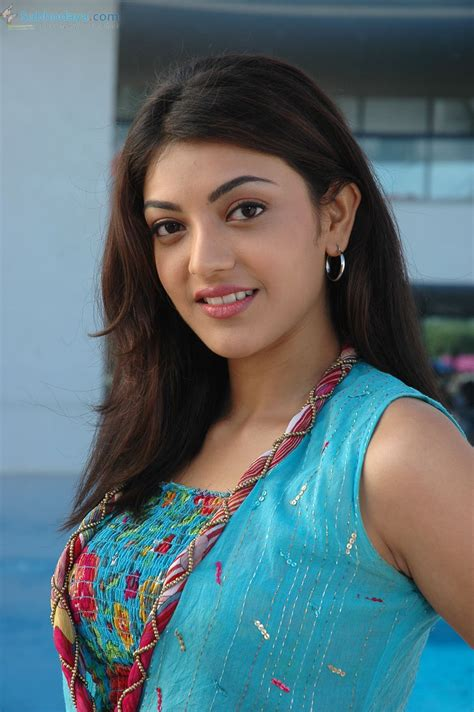 kajal mobile themes south indian girl wallpaper