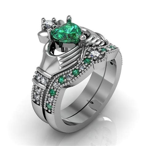 claddagh ring sterling silver emerald cz by majesticjewelry99