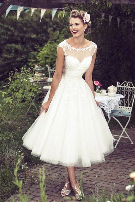 Vintage Wedding Hair Brighton by Best 25 Vintage Style Wedding Dresses Ideas On