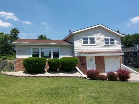 house for sale hickory hills il 9028 w 89th st hickory hills illinois 60457 foreclosed home information wta