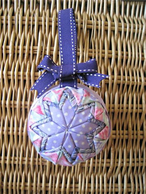 Handmade Decorations Patterns - no sew quilted ornament