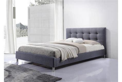 tete de lit en mousse ensemble lit gris t 234 te de lit capitonn 233 e et matelas en