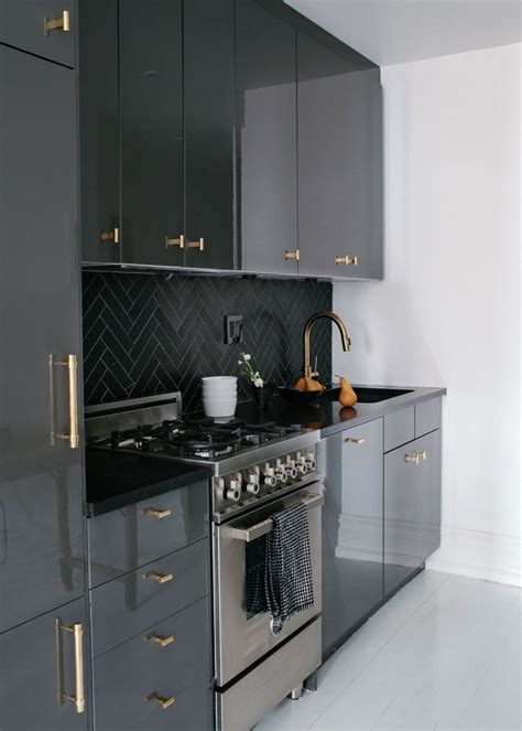 black gloss kitchen ideas best 25 high gloss kitchen cabinets ideas on pinterest