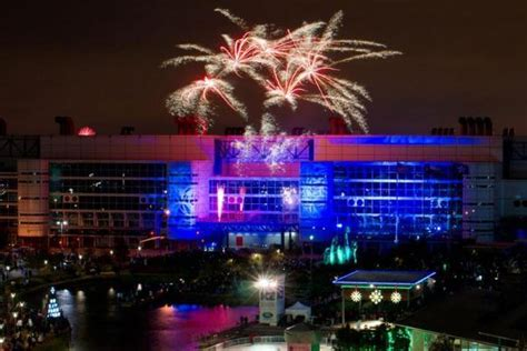 new year 2018 houston tx houston new years 2018 places hotels fireworks