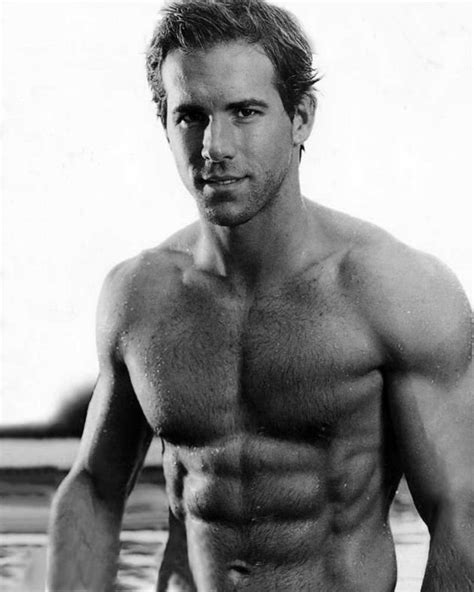 the 26 hottest pictures of hot dad ryan reynolds