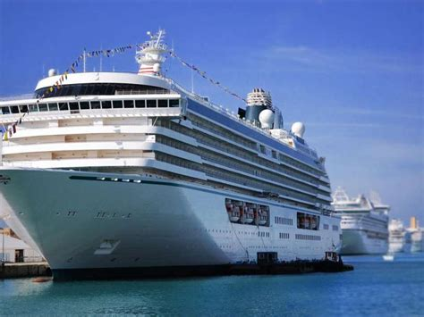 rome cruise port to airport shared transfer by minivan from civitavecchia port to