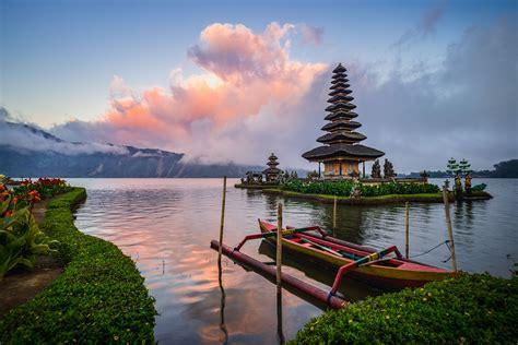 top  destinations  indonesia