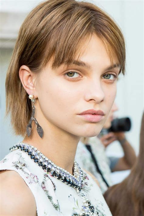 Crop Hairstyles by Crop Haircut And Hairstyle Ideas 8 Cool Hair Trends To