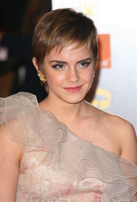 emma watson pixie cut cute emma watson pixie haircut 2013 694 215 1024