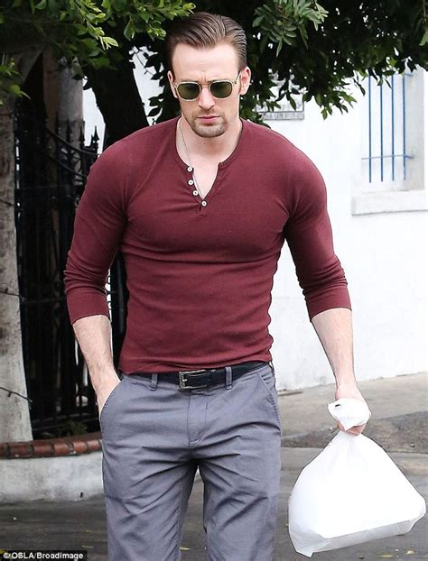 chris evans puts his buff muscles on display on lunch date