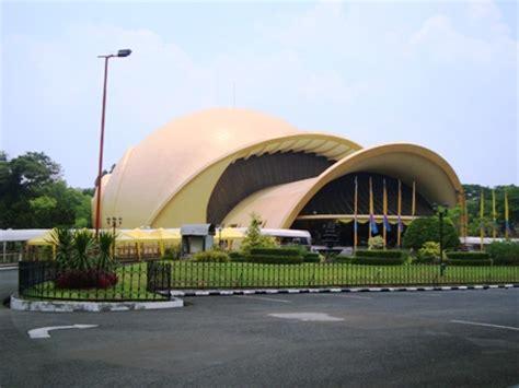tempat wisata di indonesia rumah adat jawa timur related keywords rumah adat jawa