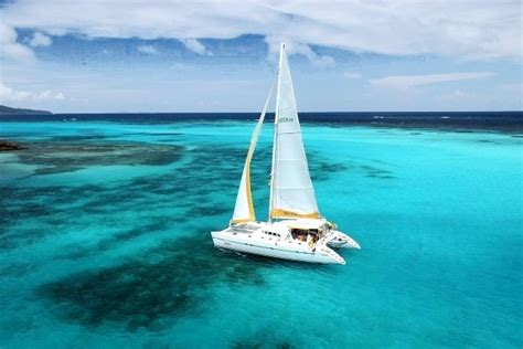 excursion catamaran vol croisi 232 re grenadines martinique fort de france ecotour
