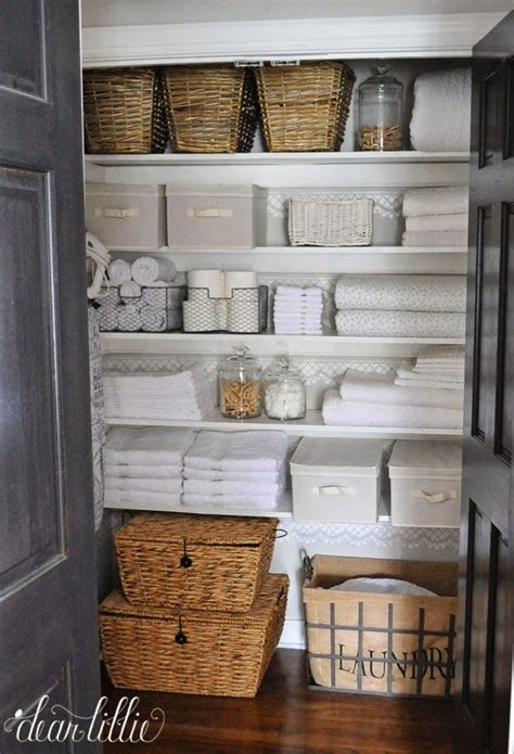 bathroom linen storage ideas 25 best ideas about storage baskets on pinterest