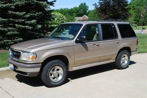 how to sell used cars 2001 ford explorer auto manual sell used 1997 ford explorer xlt tan one owner 146 k miles in westlake ohio united states