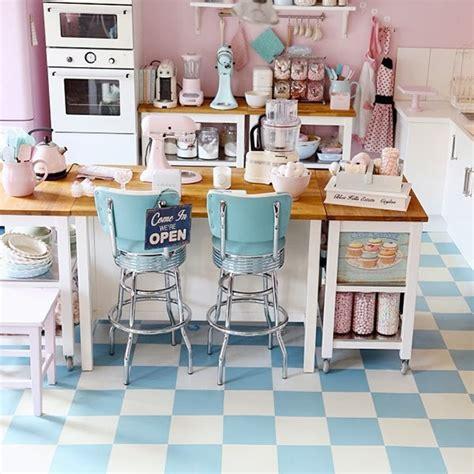 1950s blue and paint on pinterest cocinas vintage de los a 241 os 50 trucos dulces