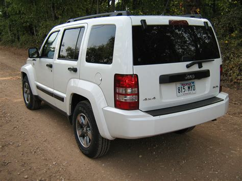 jeep white liberty file 2008 jeep liberty kk white r jpg wikimedia commons