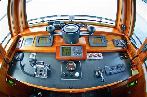 tugboat wheelhouse hunting creek professional mariner american tugboat