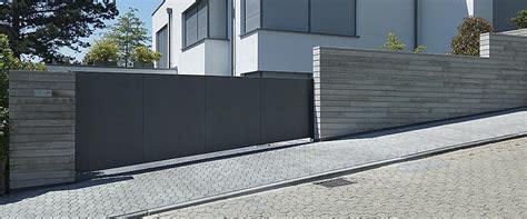 moderne hoftore garagentor mit t 252 r modern loopele