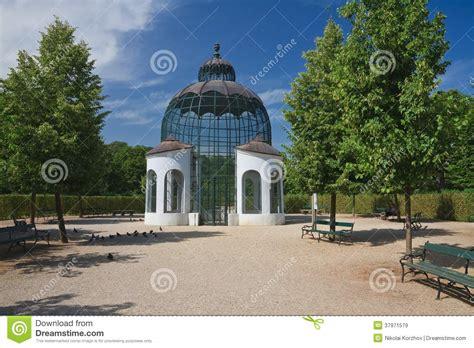 pavillon schönbrunn pavilion schonbrunn palace vienna austria royalty free