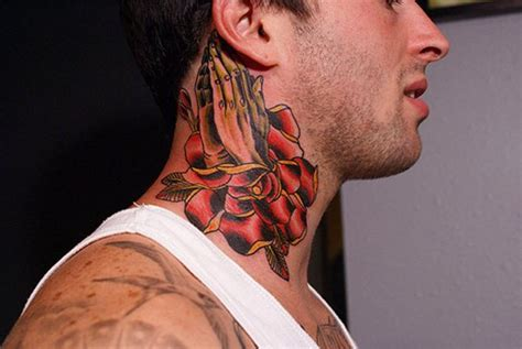 tattoo on neck pain neck tattoo bold choice or big pain tattoo com