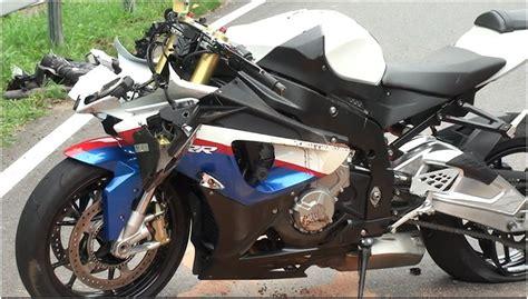Motorradfahren Nach Schlaganfall by Unfall Weseler Motorradfahrer In Borken Auf Der B 67