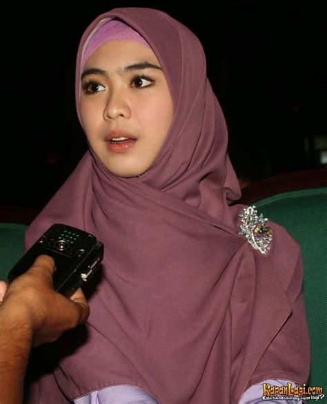 download mp3 ceramah oki setiana dewi kumpulan foto artis berjilbab aufa blog