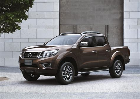 frontier nissan all new nissan frontier gets tougher for global pickup