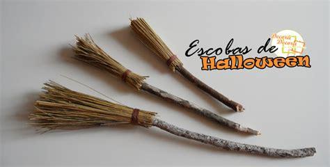 decorar escobas para halloween escobas para decorar en halloween