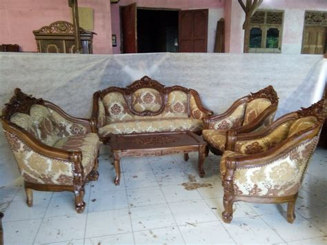 Kursi Ruang Tamu 1 Set set meja kursi sofa ruang tamu ukir terbaru harga murah