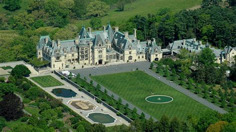 i want to build a home nine famous movie houses i want to live in