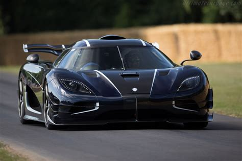 koenigsegg one 1 black koenigsegg one 1 chassis 7110 2015 goodwood festival