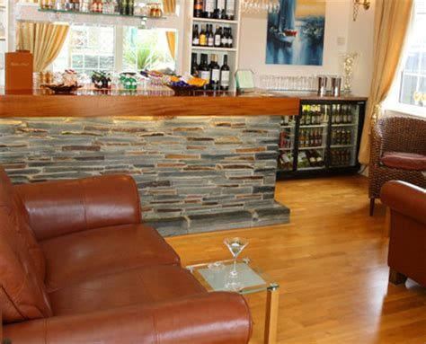 bed and breakfast in newquay cornwall the carlton hotel b b newquay bed and breakfast with sea