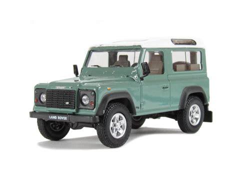 Hattons Co Uk Cararama Deflg90 Land Rover Defender 90