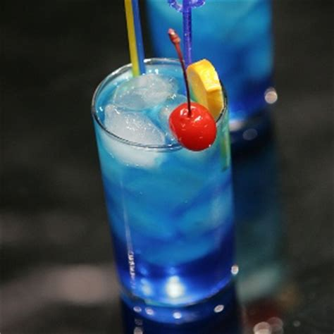 blue lagoon cocktail 4 popular blue lagoon cocktail recipe homemade blue