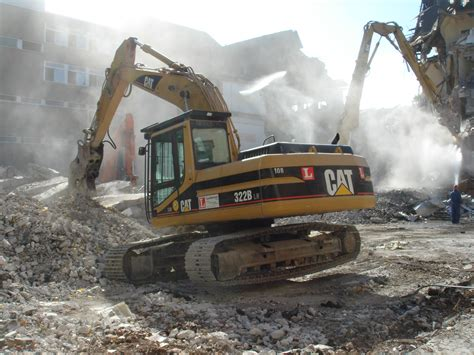 file abriss bagger demolition 2 jpg wikimedia commons