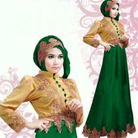 Mozza Maroon Gamis Pesta Brukat Green baju gamis pesta satin princess gold green s88 gaun saten murah 2014