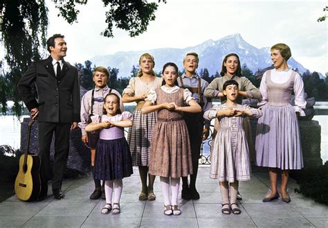 imagenes musical sonrisas y lagrimas sound of music comet over hollywood