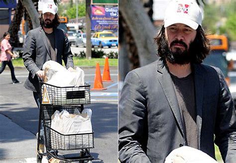 Keanu In With Paparazzo by Quem Edt Materia Imprimir Keanu Reeves Aparece Ainda
