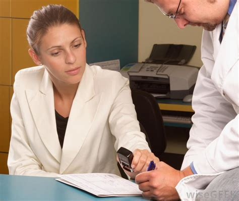 what does a patient access representative do with pictures