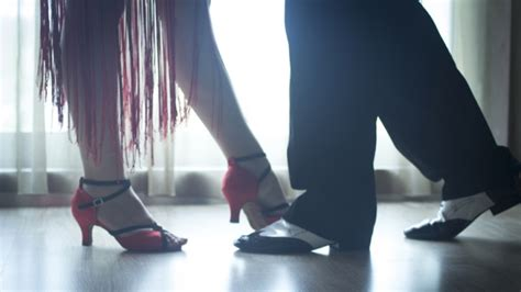 swing clubs vancouver vancouver swing dancer banned from club for mansplaining