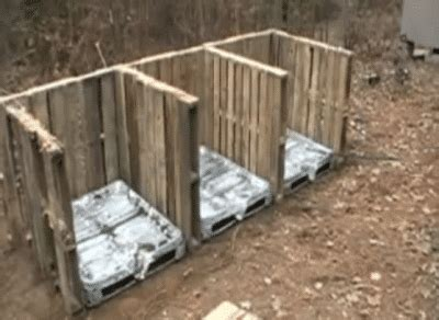 compost bin  pallets homestead survival