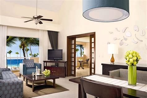 deluxe tropical view rooms  photo gallery  dreams palm beach punta cana punta cana