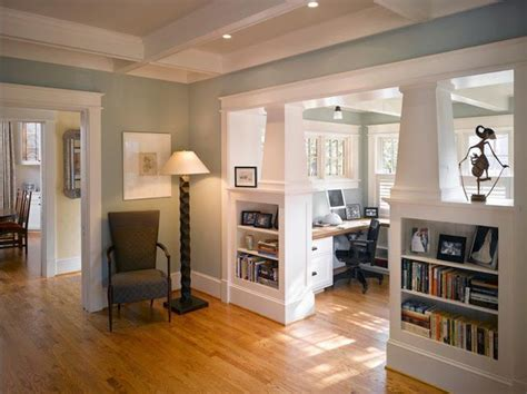 bungalow home interiors 25 best ideas about craftsman style interiors on